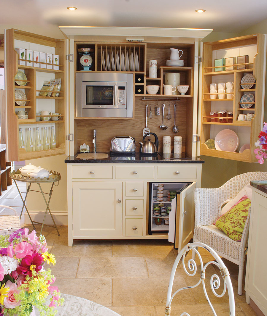 Freestanding Kitchens by Culshaw Bell - The Design Sheppard