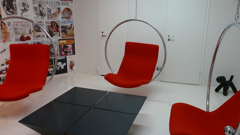 The amazing Ring Chairs by Eero Aarnio