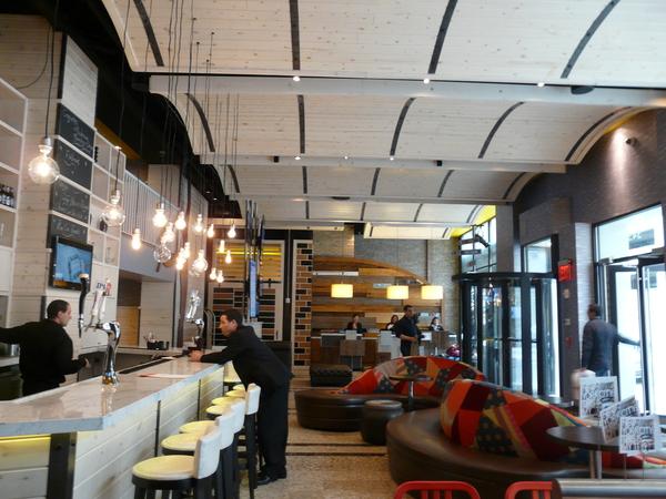 Tryp Hotel NY Lobby