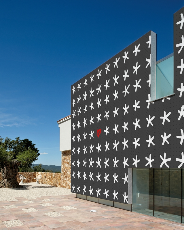 Stars and Hearts outdoor wallpaper by Wall and Deco