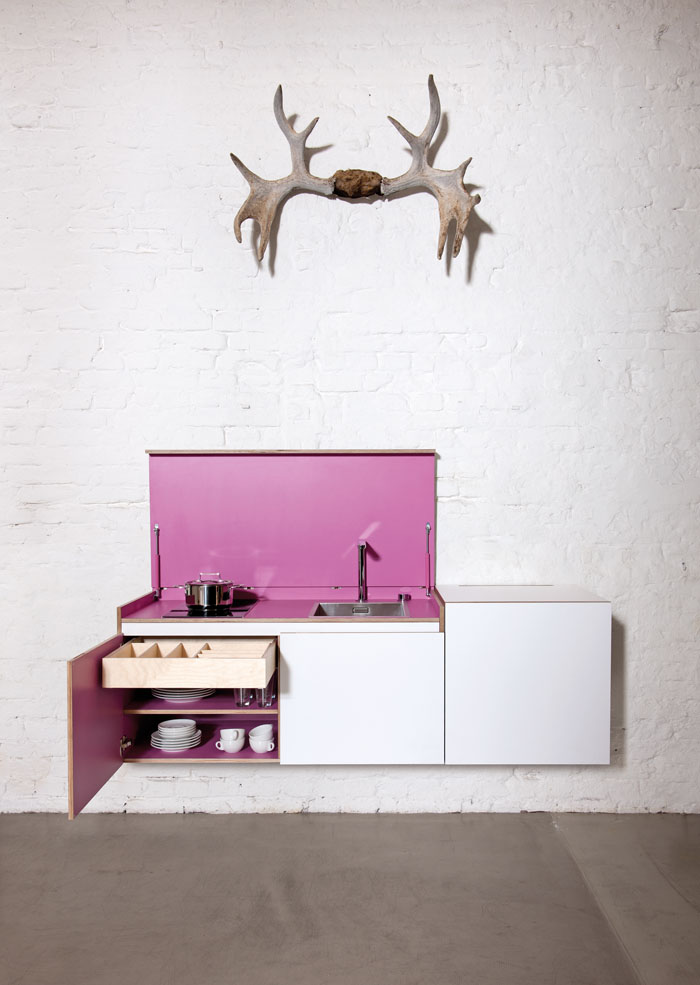 Miniki Mini Kitchen in White and Pink open